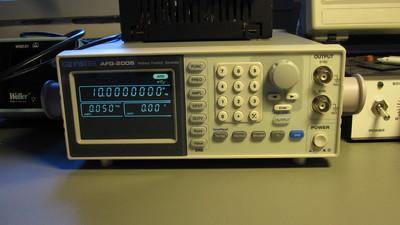 GW Instek AFG-2005 arbitrary function generator
