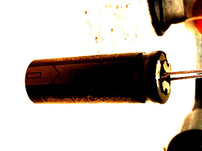 Enhanced photograph of Shawn West's capacitor