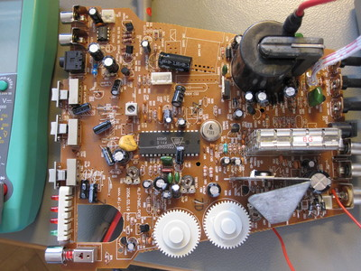 United UTV 6007 TV circuit board.