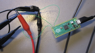 Raspberry Pi Pico connected to the test setup.